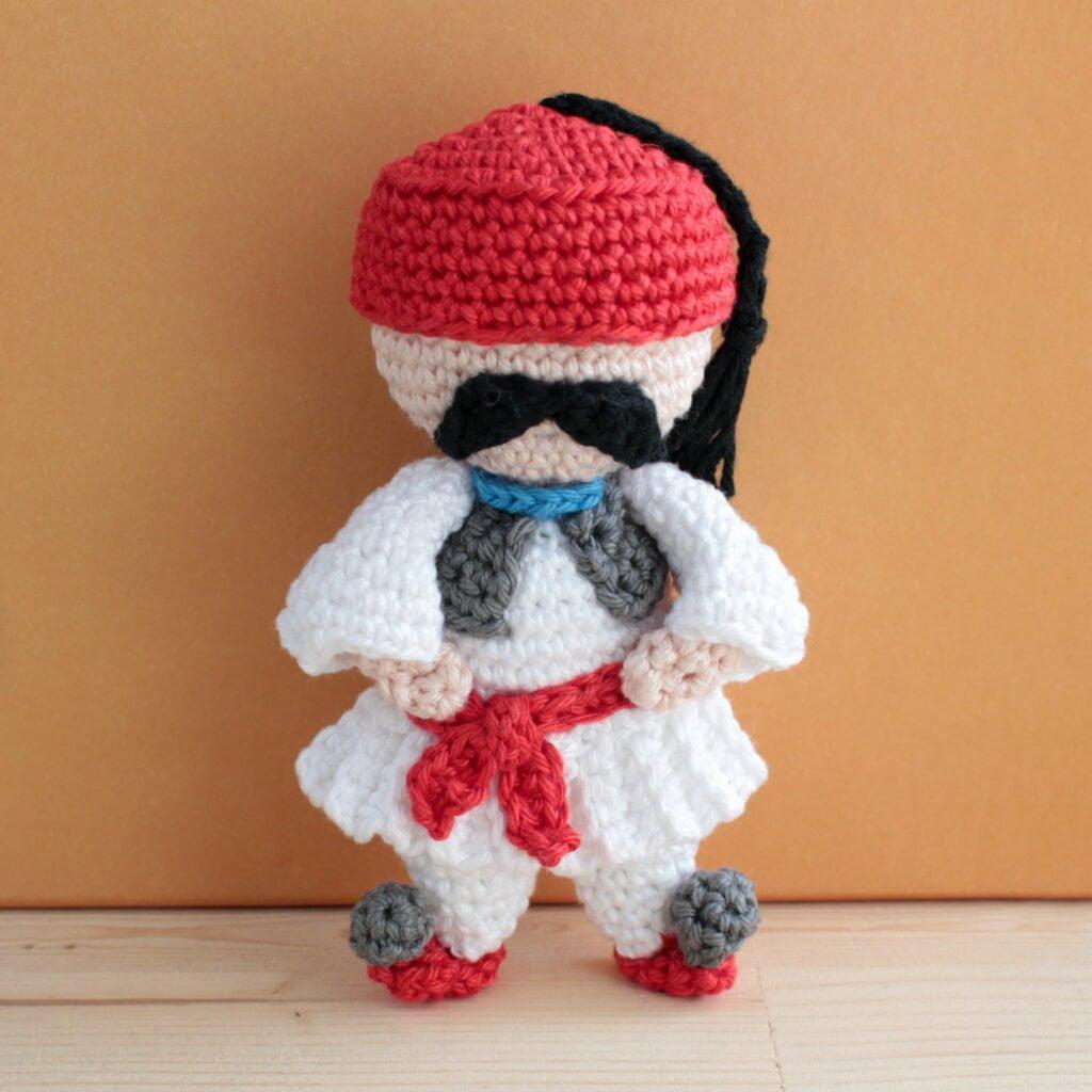 Tsolias, crochet doll