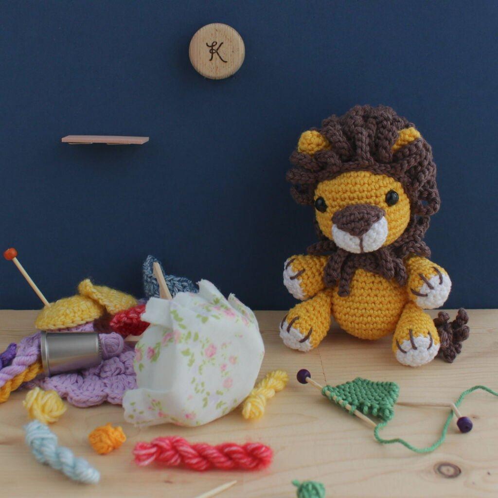 Ollie, Lion, Wrath