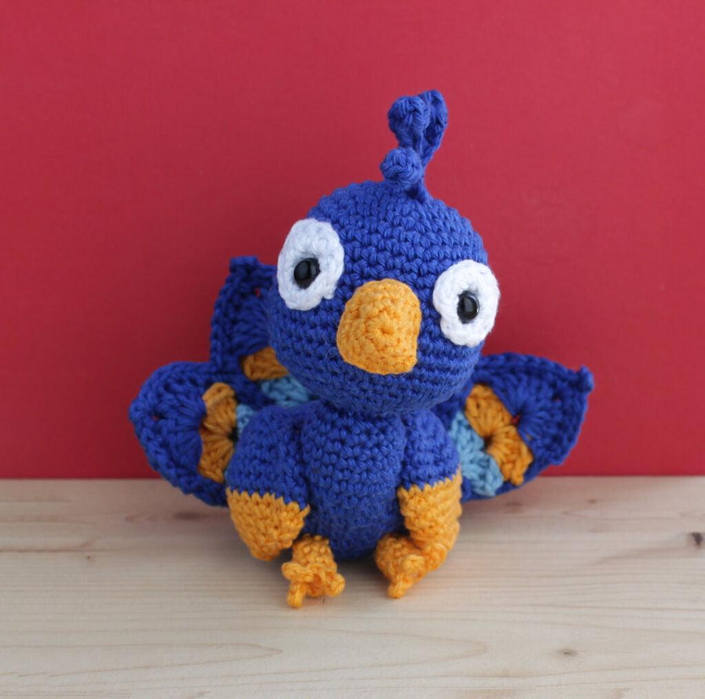 amigurumi crochet peacock